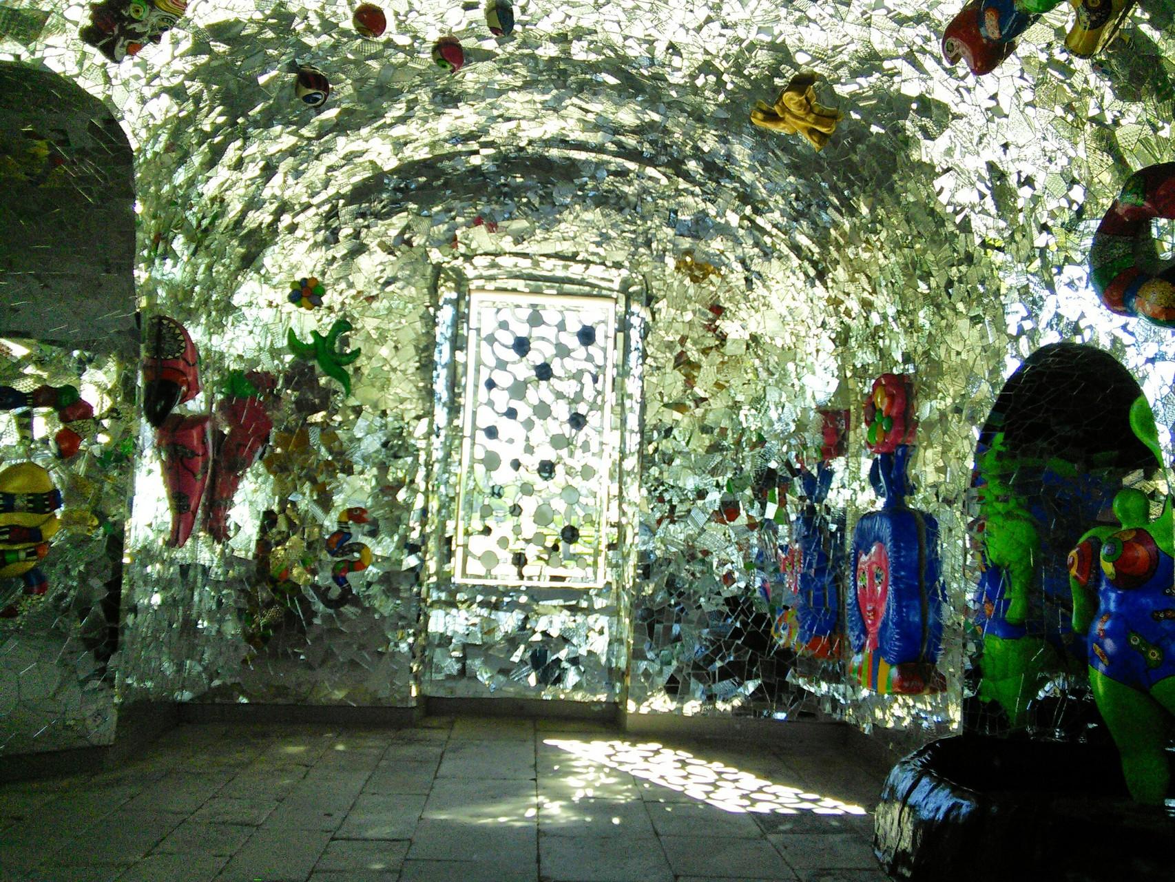 Grotte Großer Garten