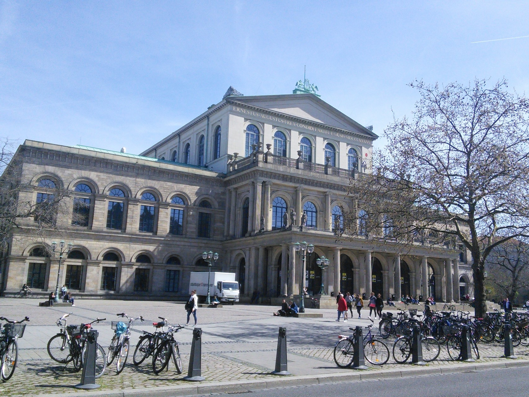Oper Hannover Frontansicht 1