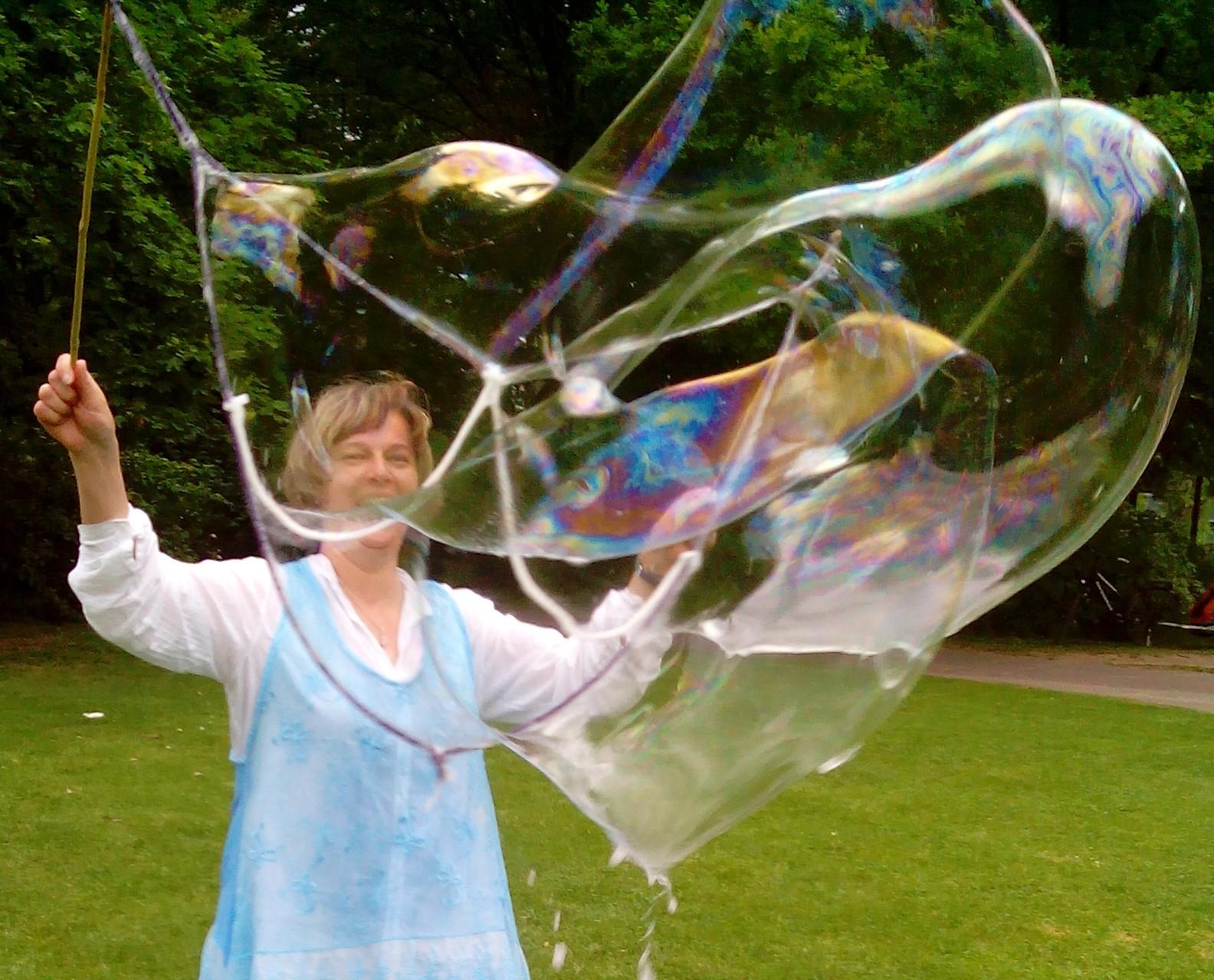Bild: ich mit Seifenblasen