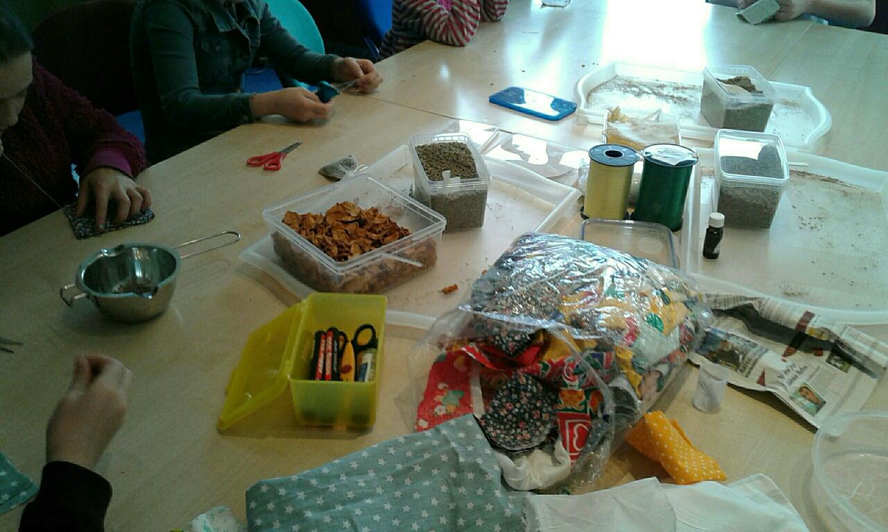 Duftkissen Herstellung Workshop Jugendtreff Troisdorf-Spich 10.-13.04.17