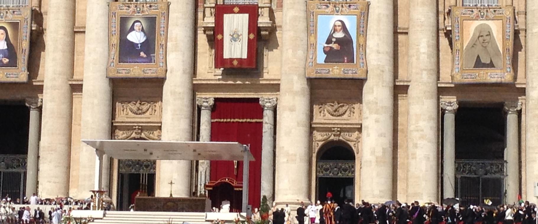 Messa di canonizzazione di Jeanne Emilie - Piazza San Pietro - Roma