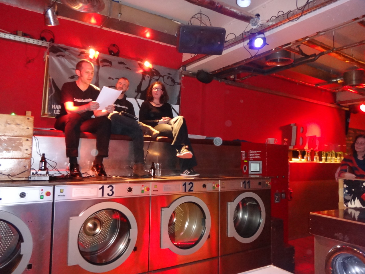 Längs in der Laundrette
