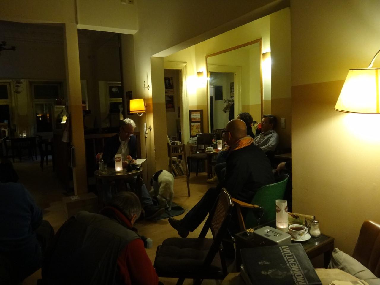 "Jesko Wilke ""Ghostwriter"" im Mathilde Café"