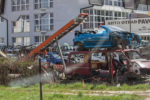 schrottplatz no. 2679