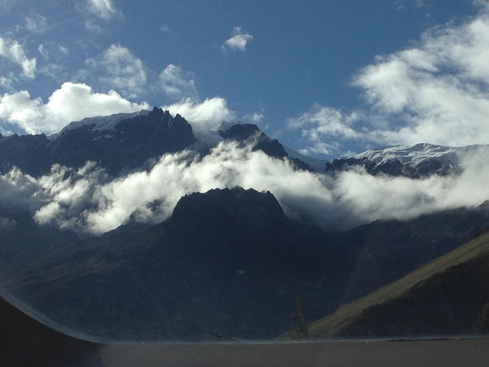 ... wunderschöne Berge-Wolken-Kombinationen ...