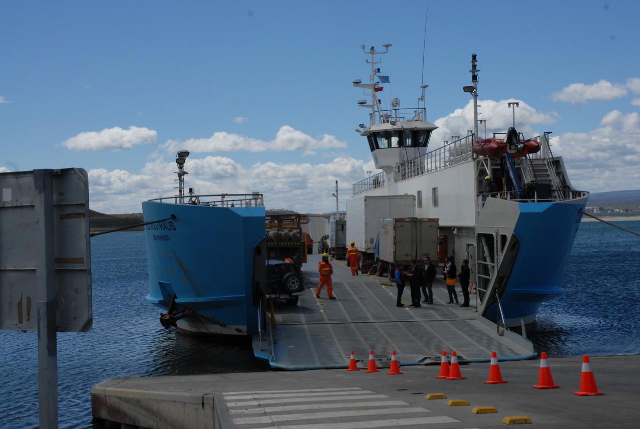 Die Fähre von Porvenir nach Punta Arenas