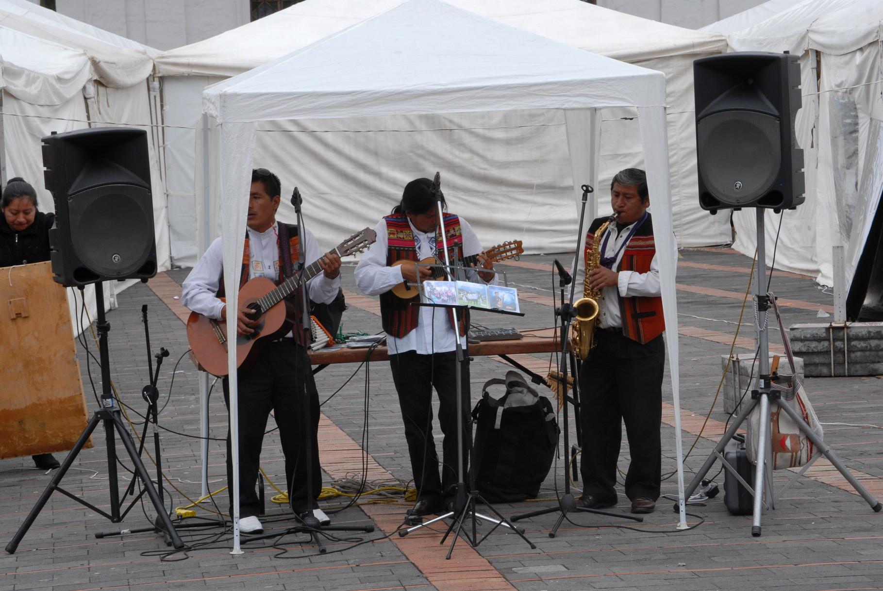 Die Live-Band auf der Plaza Santo Domingo ... waren echt gut, die Jungs