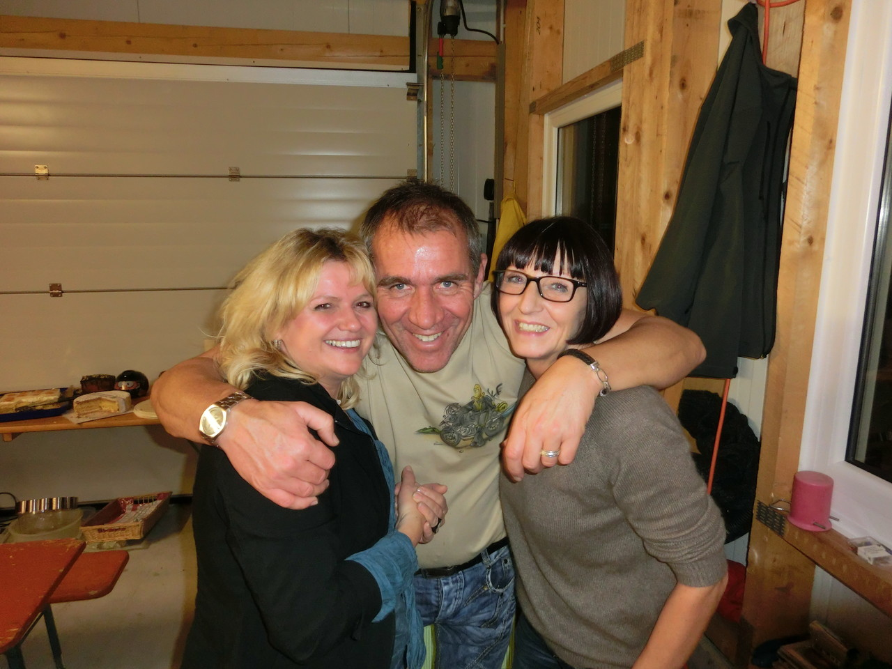 Alf mit Schatzi und Sabine