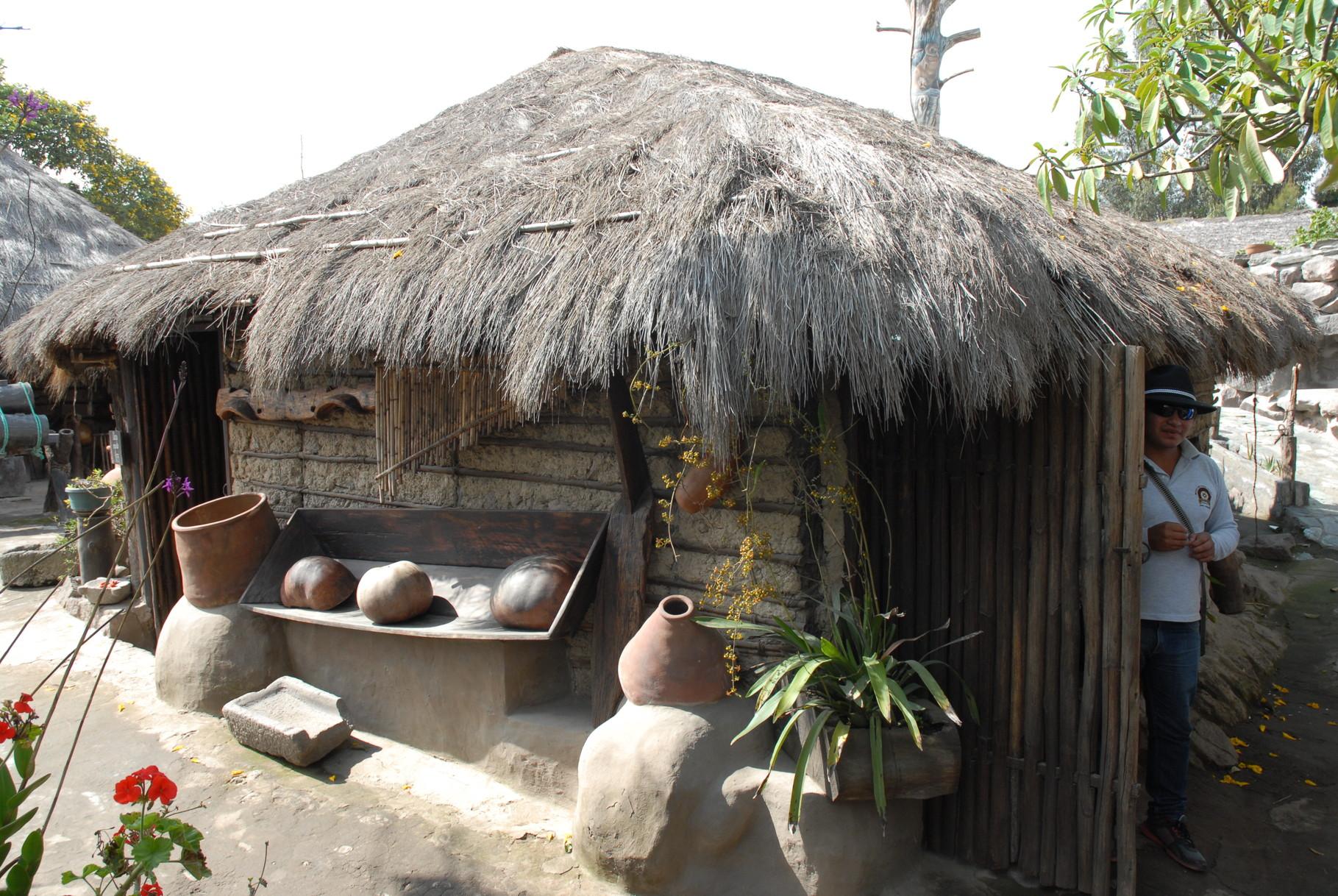 Ein uraltes Haus aus der Gegend