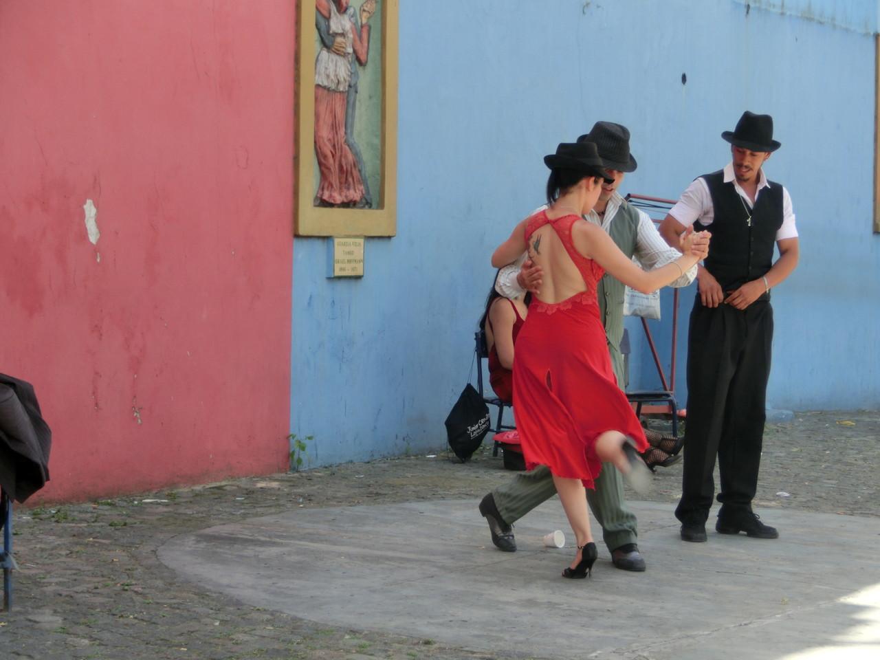 Tangovorführung