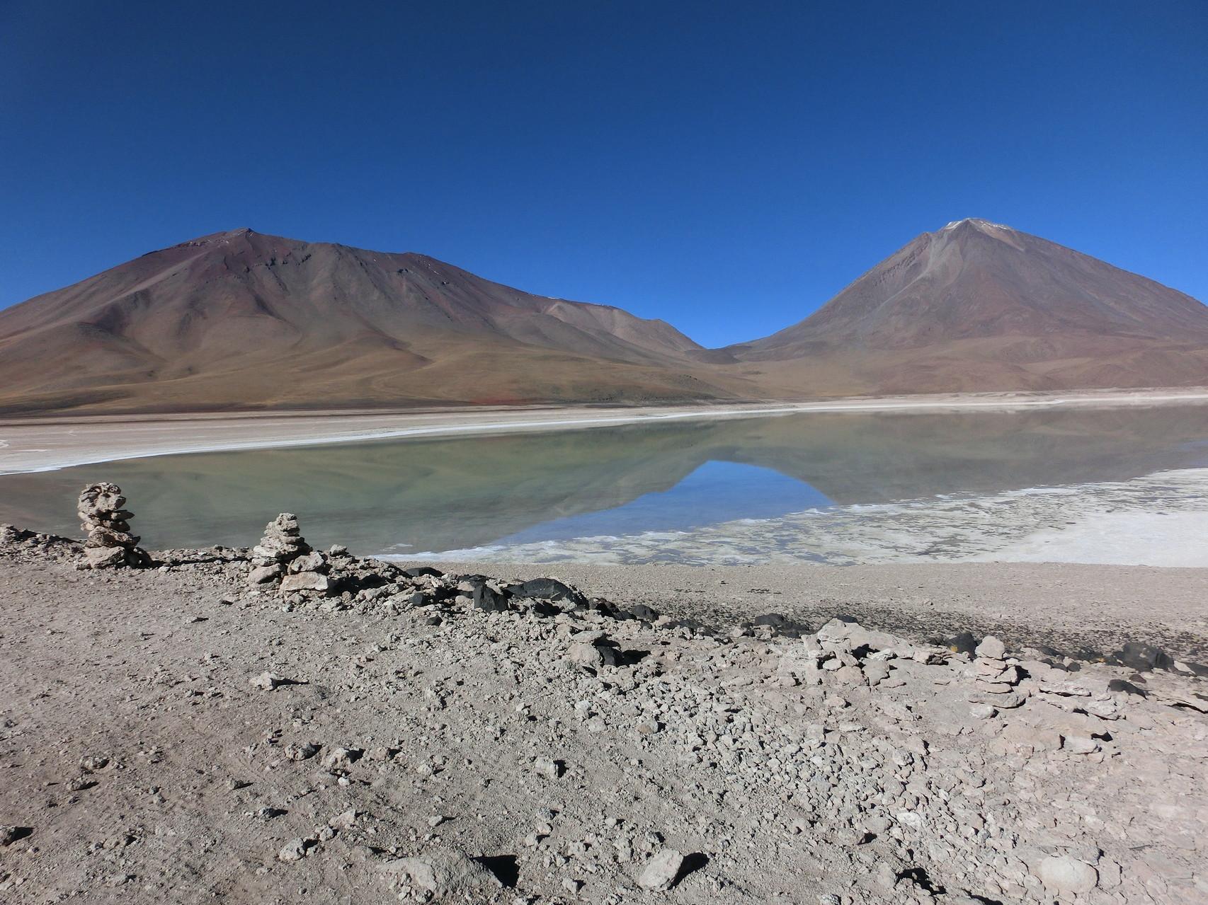 Und daneben die Laguna Blanca