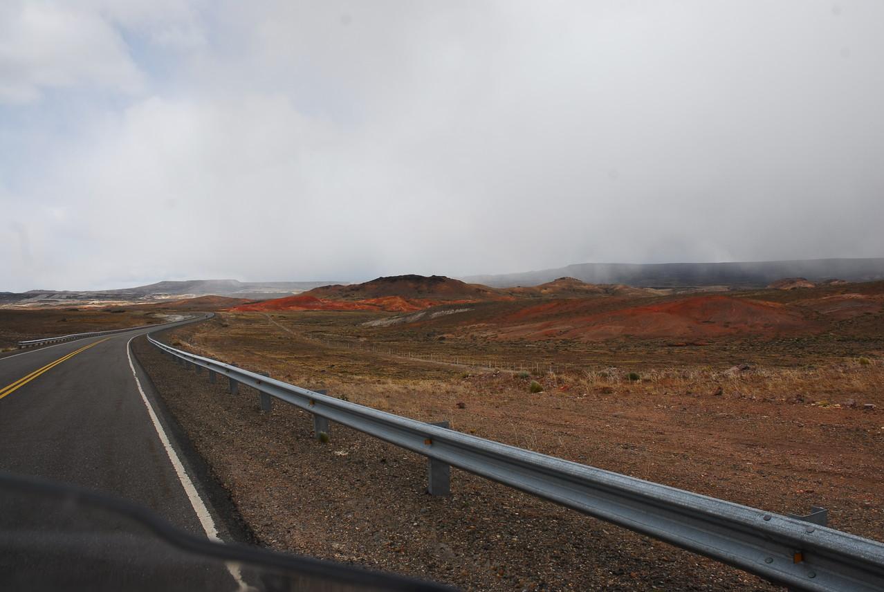 Die Landschaft kurz vor perito Moreno
