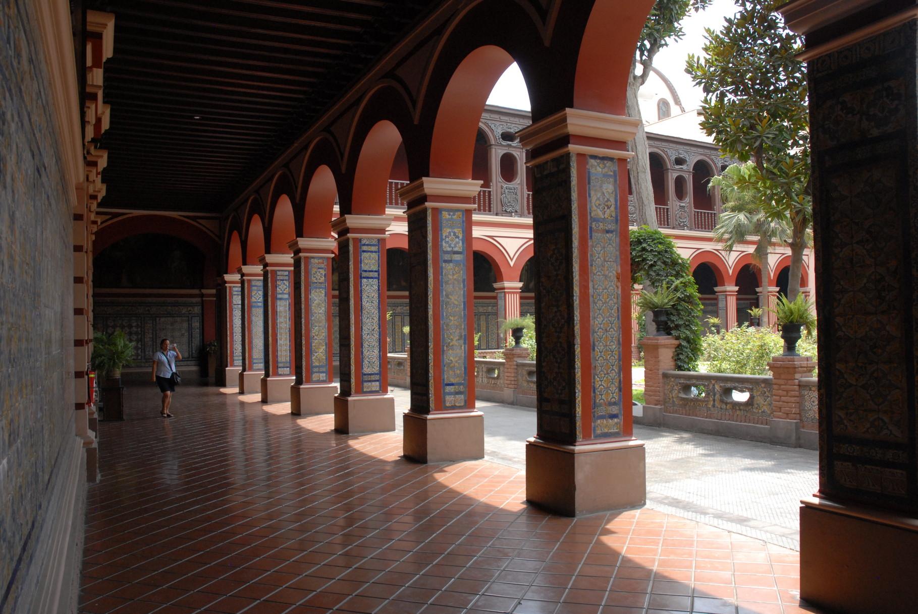 Schöne Innehöfe des Klosters
