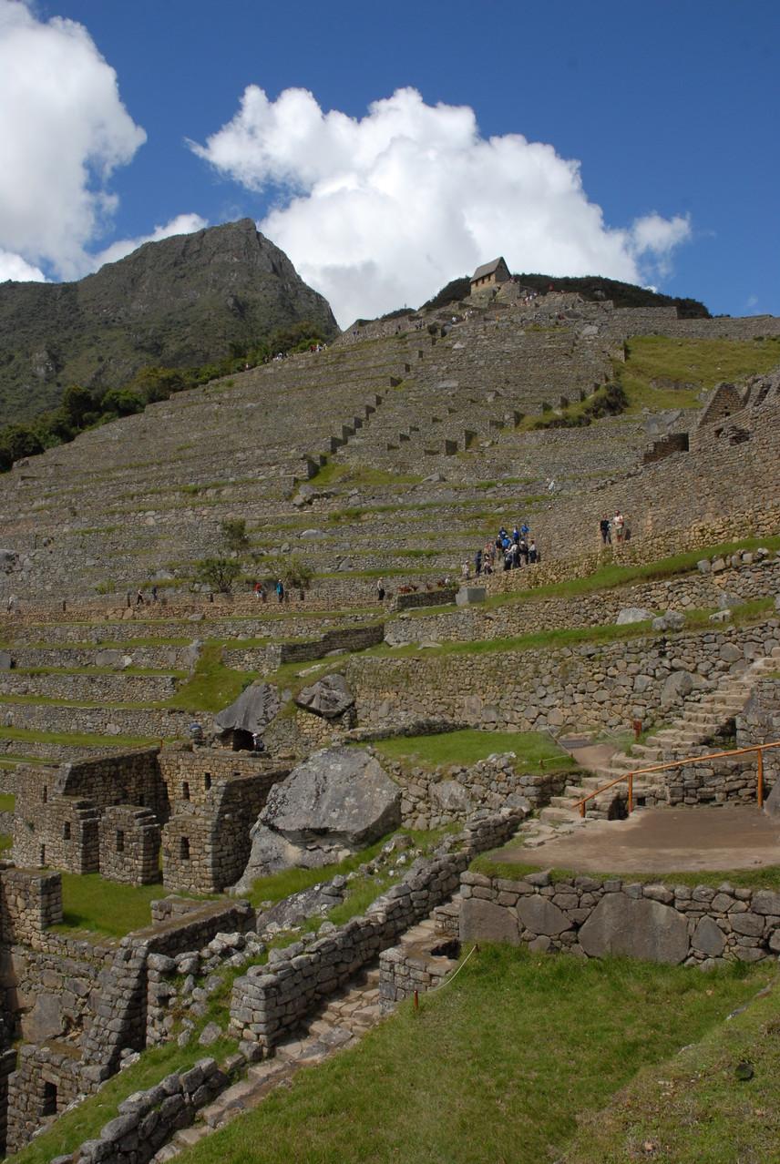 Der Puesto de Vigilancia und der darunter liegende Berg