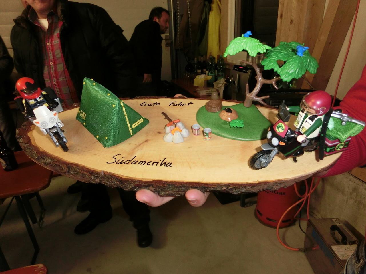 Ein Super Geschenk - Der Traveller-Miniatur-Mopedfahrer-Zeltplatz