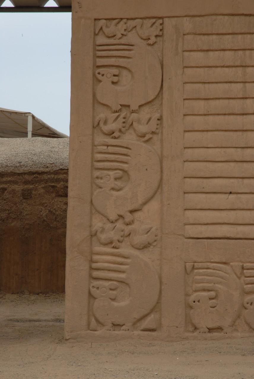 Reliefs im Detail