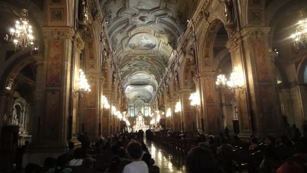 In der Kathedrale von Santiago fand ein Treffen verschiedener Religionen statt