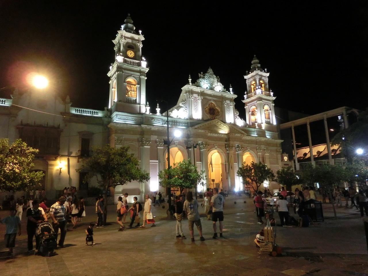 Katedrale bei Nacht