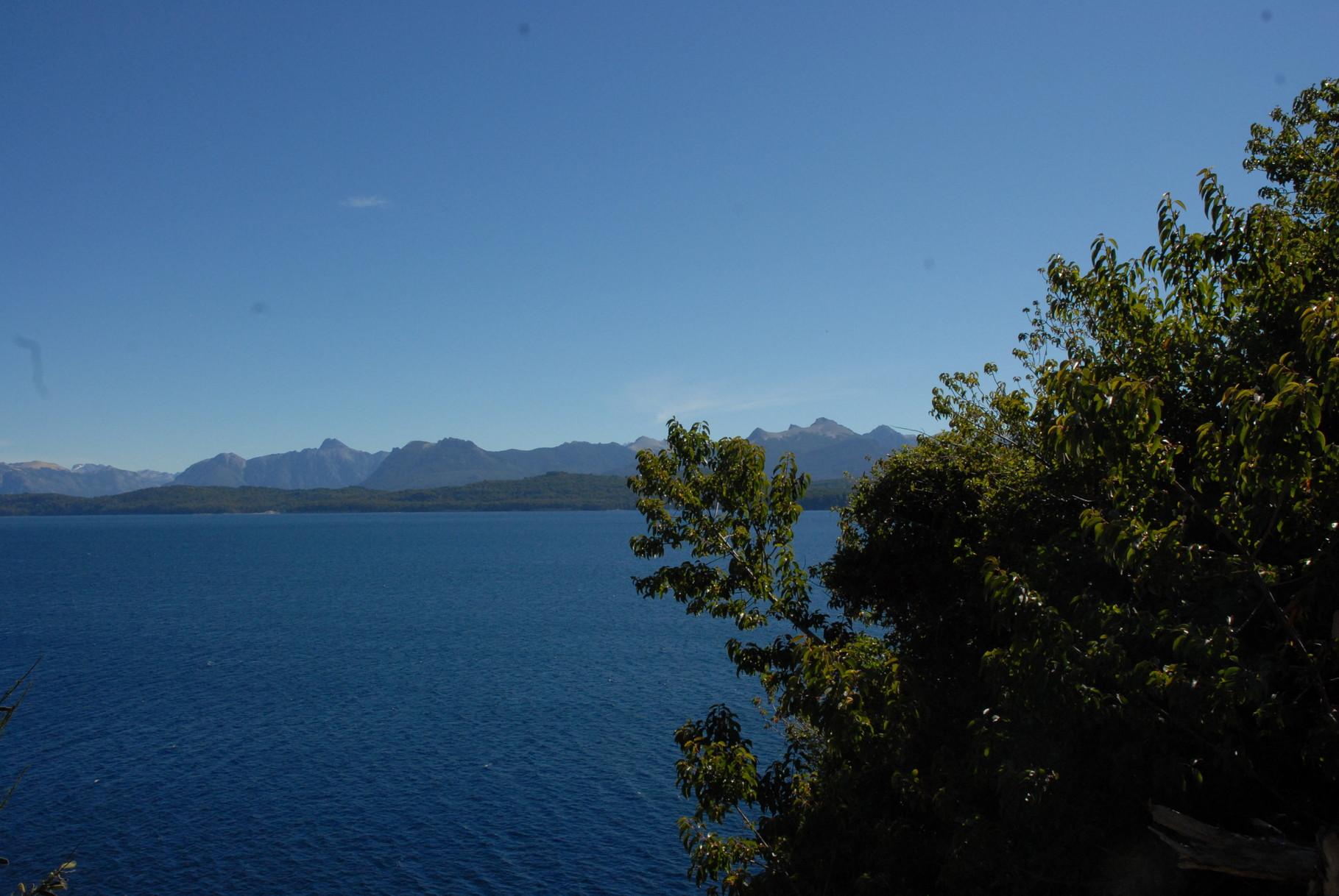... Lago ...