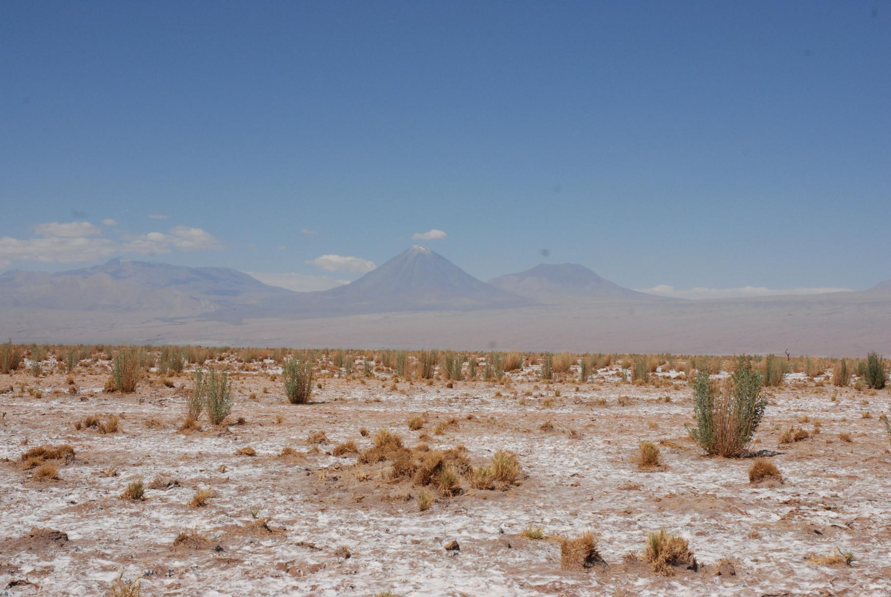 Über die Wüste in die Berge