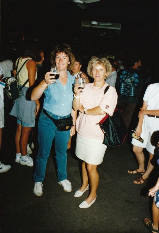 Yolande et Cathy semblent apprécier la guiness