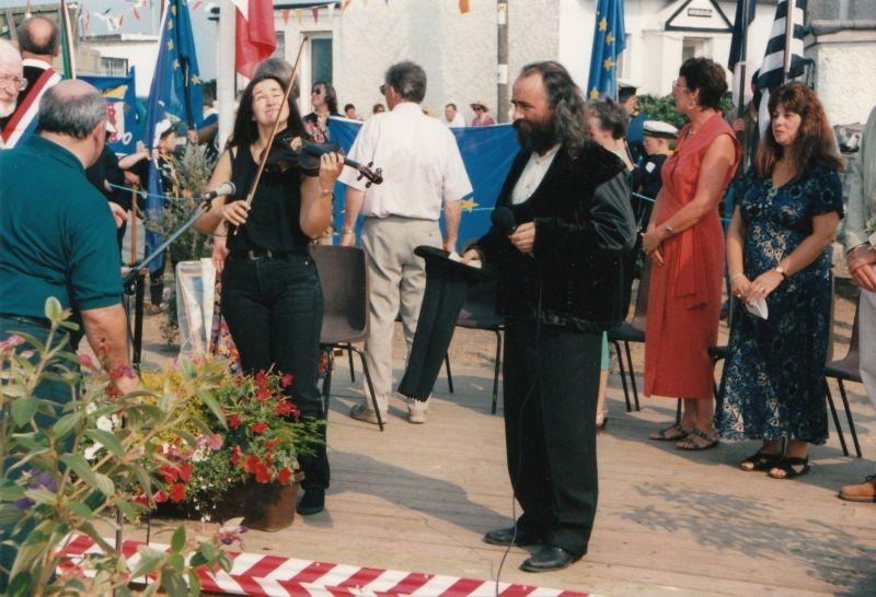 Gildas prêt pour le Bro gozh ma zadoù (Vieux pays de mes pères)