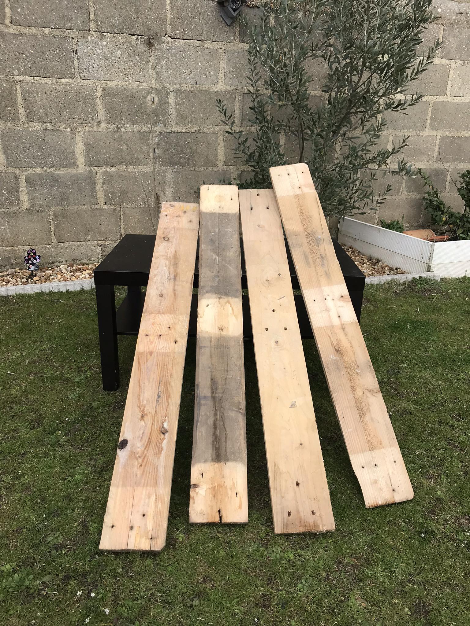 4 planches de palettes