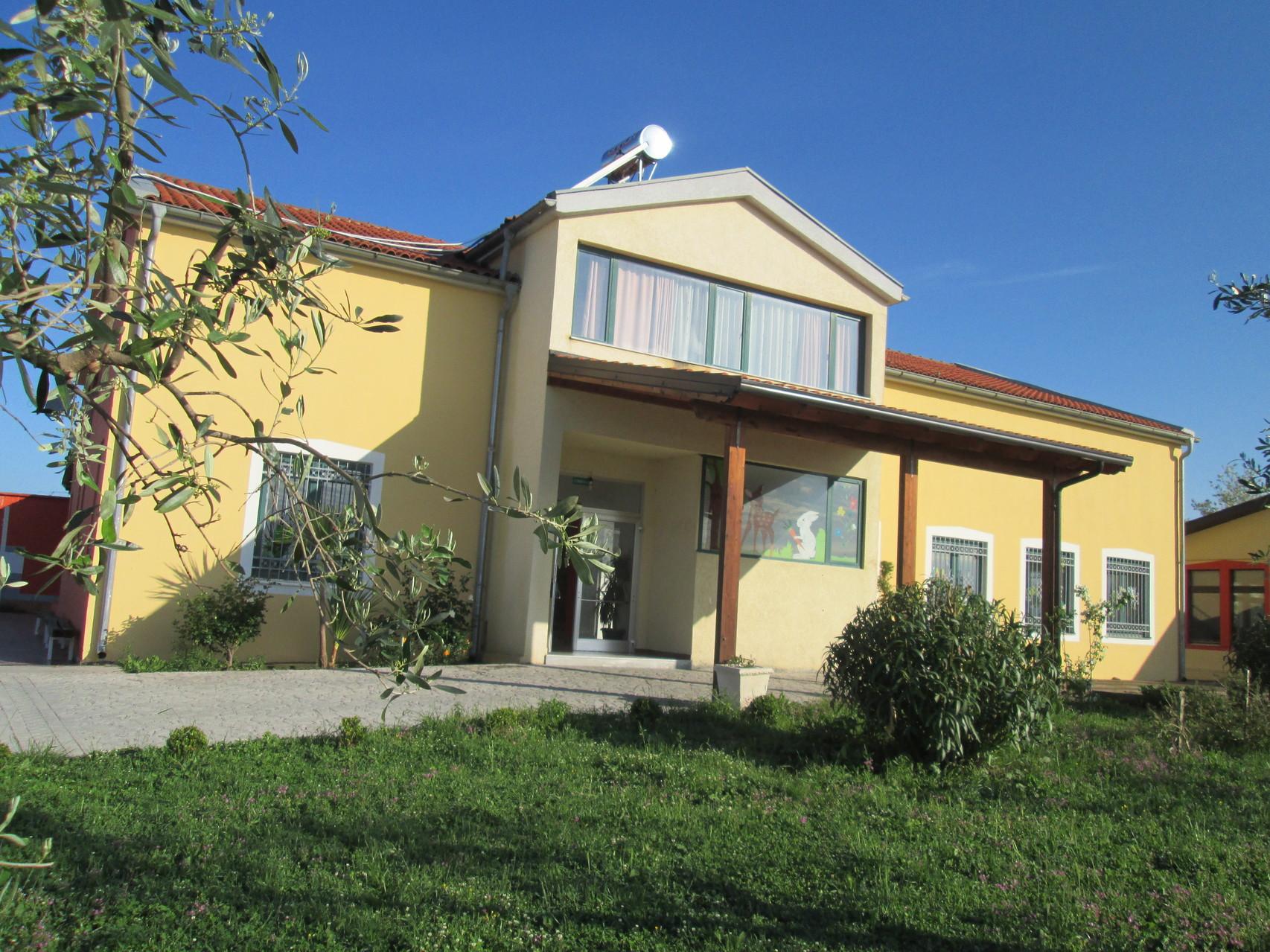Scuola Materna a Velipoja (Albania)