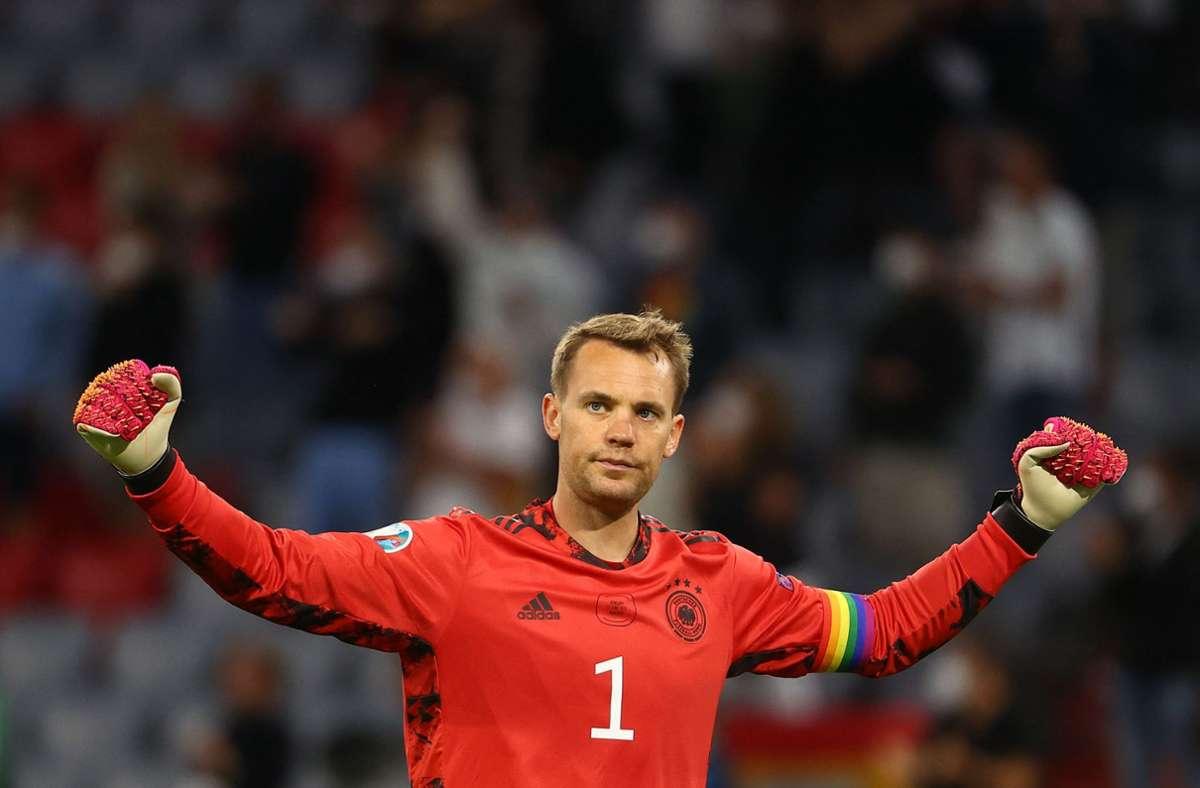 Manuel Neuer setzt ein Zeichen in der EM, wie schaffen wir es auch??