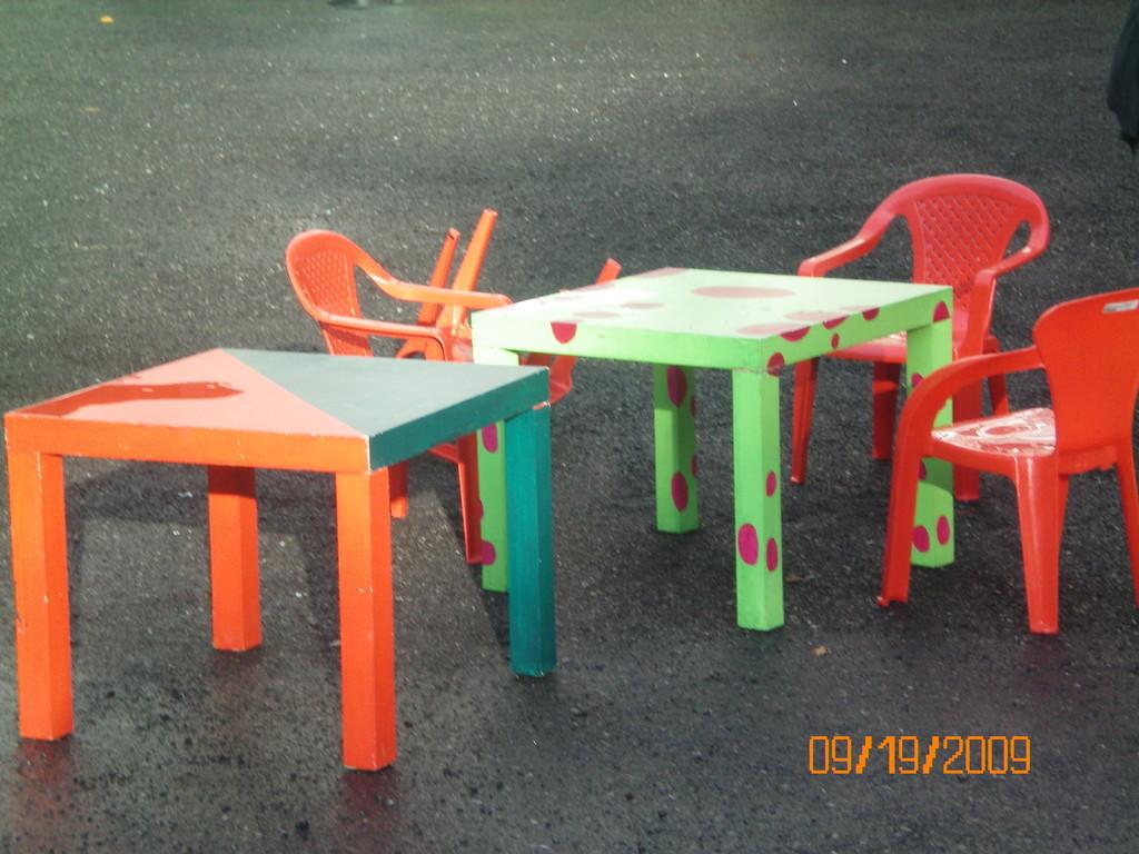 I nostri tavolini sotto la pioggia...