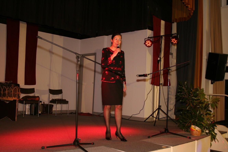 Latvijas Republikas Goda konsule Hamburgā Dr.Sabīne Zommerkampa-Homane uzrunā svētku viesus