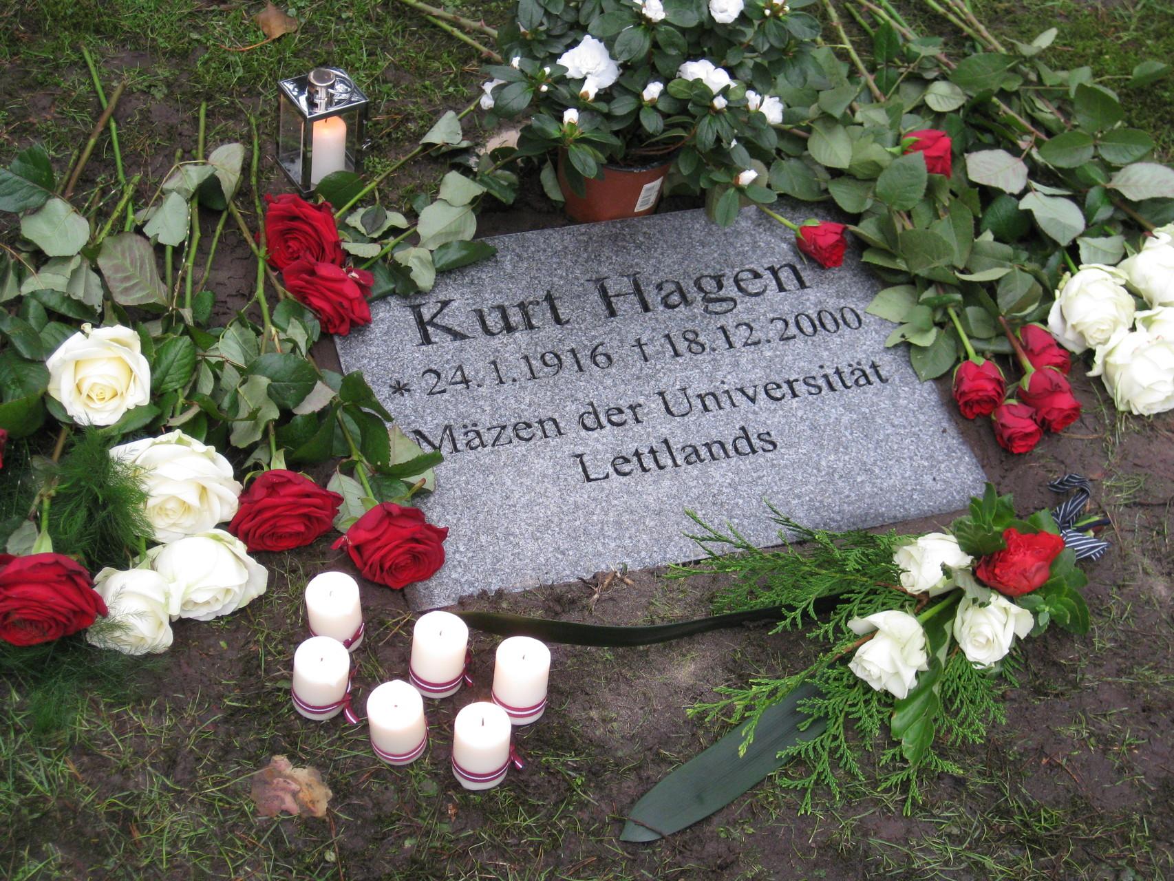 Kurta Hāgena kapa plāksne