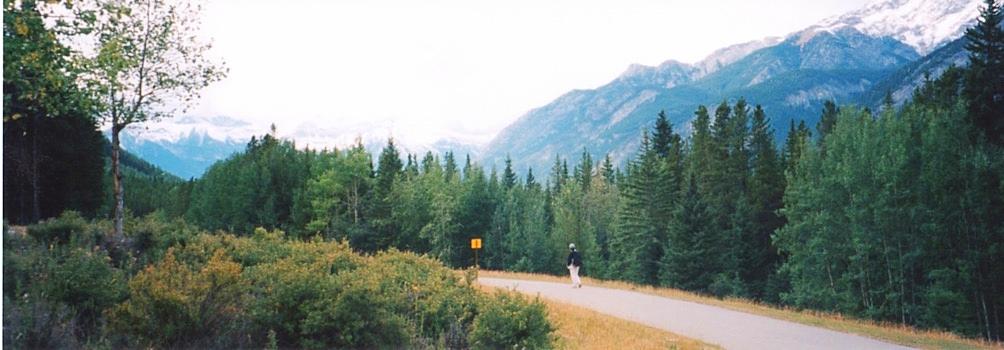 カナダの大自然の中を散歩