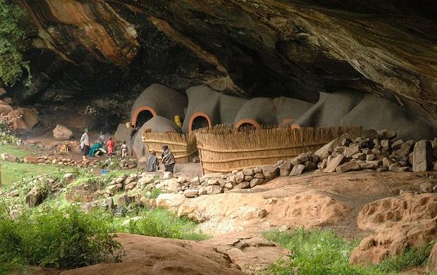 Les grottes de Kome du Lesotho. (Pays enclavé dans l'Afrique du Sud)
