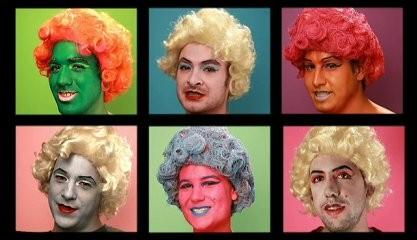 Image du vidéo-clip montrant une référence aux représentations de Marilyn d'Andy Warhol.