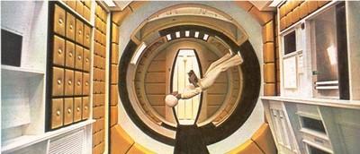 Images de l'intérieur du vaisseau du film 2001 : L'Odyssée de l'espace.