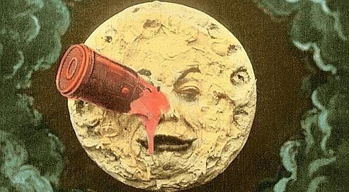 Image la plus connue du film Voyage dans la lune de Georges Méliès.