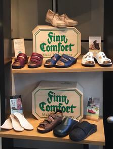 Finn Comfort Schuhe zur Ansicht im Uwe Grebe City-Service Bottrop