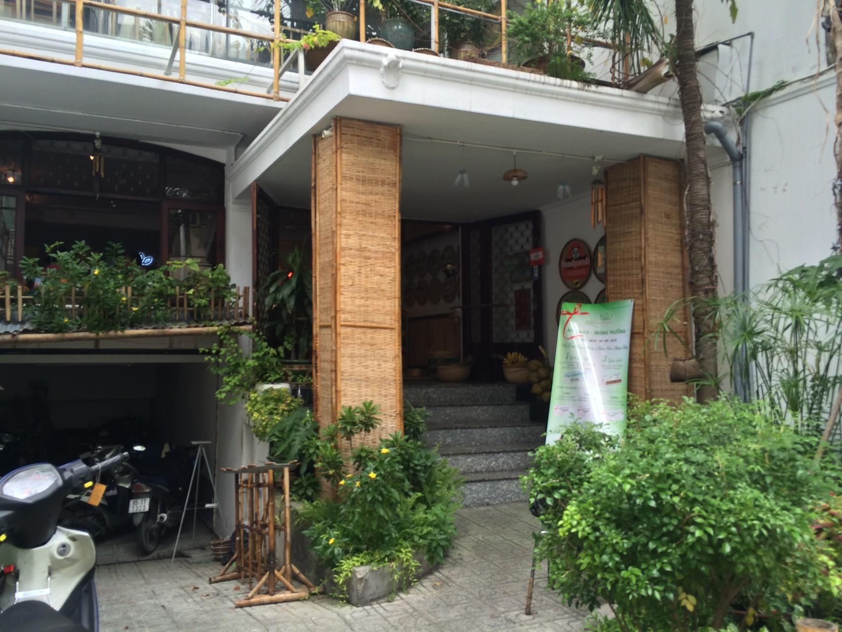 3 La Hostel