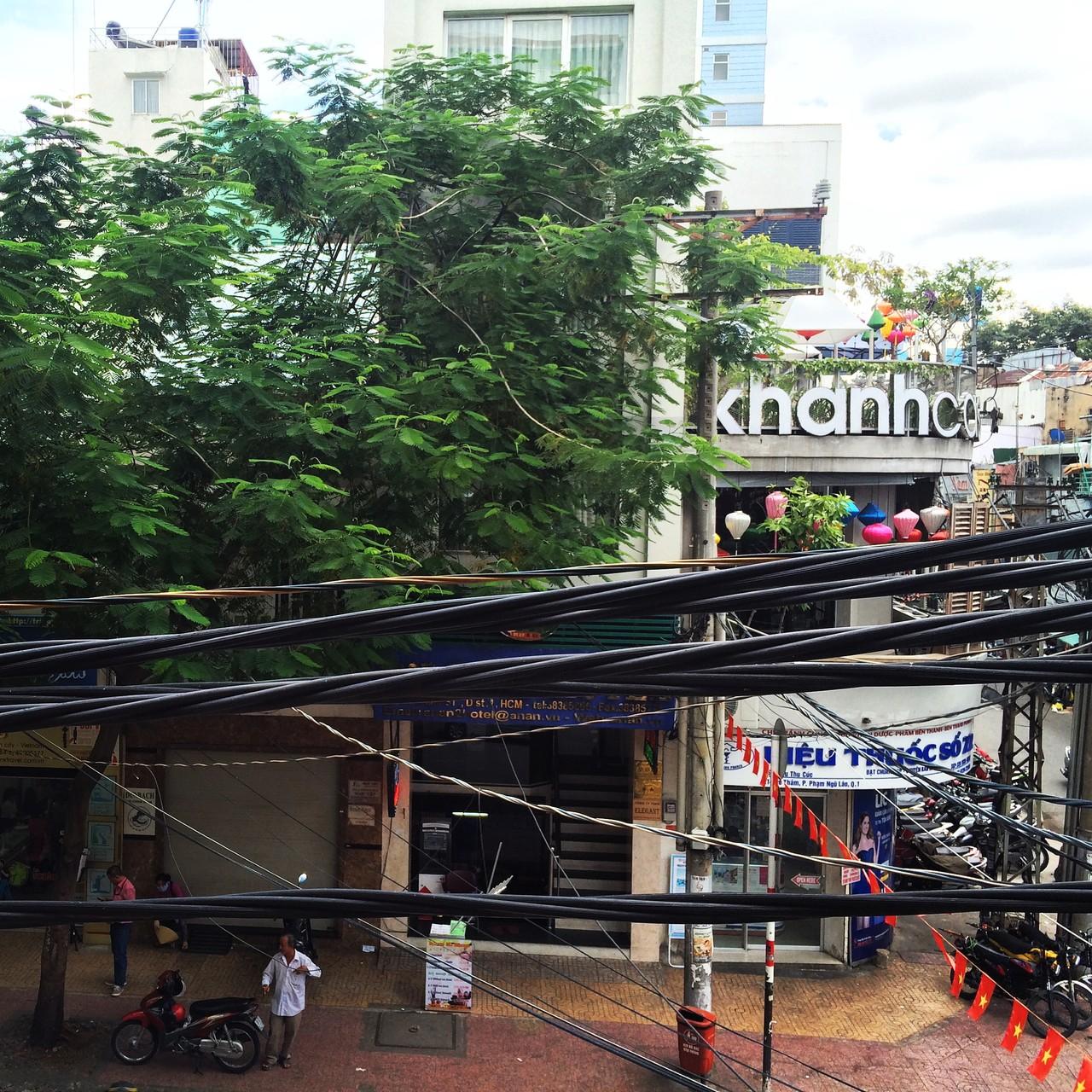 Blick aus dem Starbucks (nahe Bui Vien)