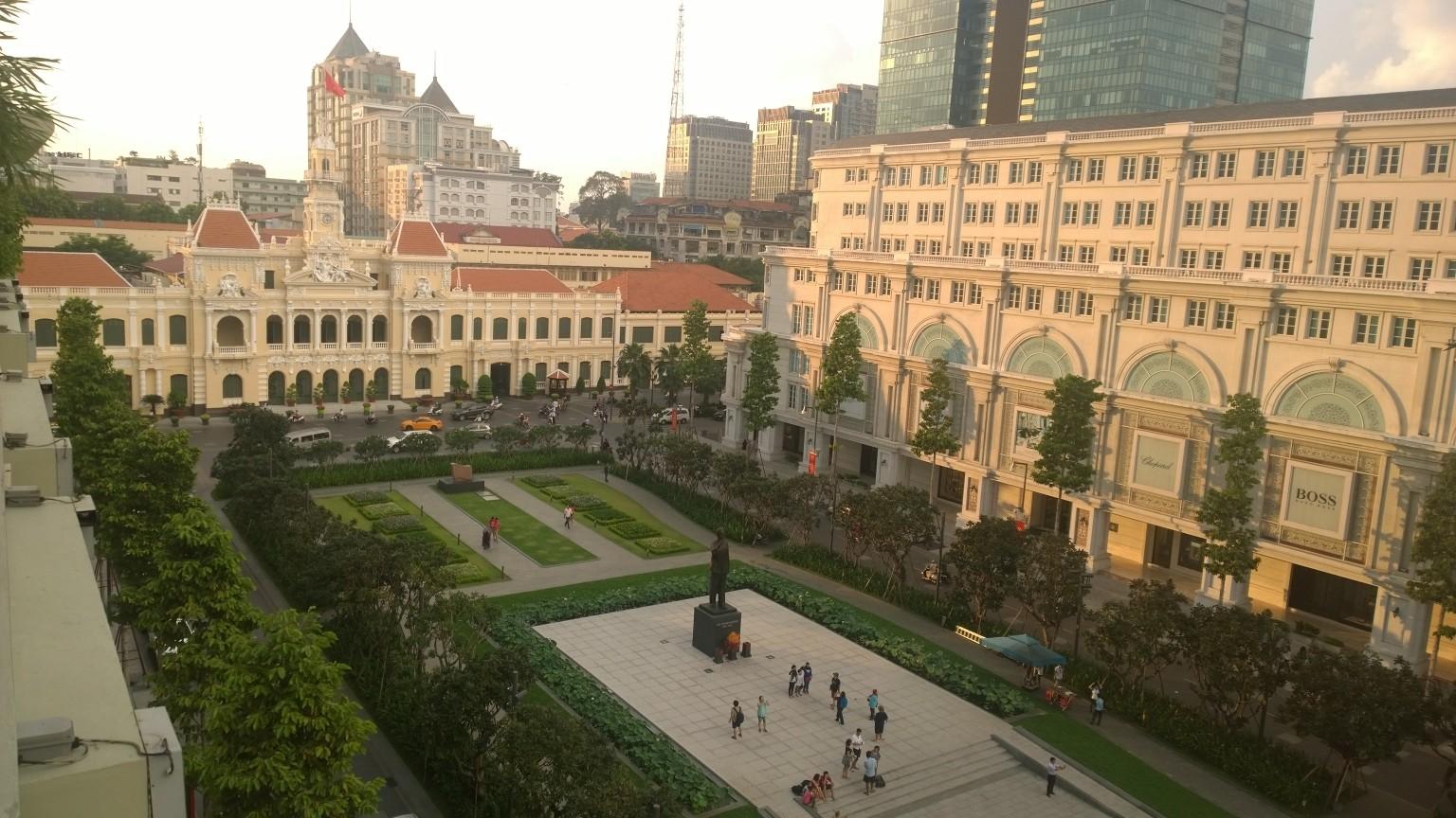Blick aus dem Rex Hotel auf die HCM City Hall