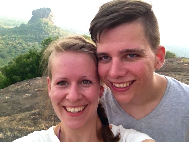 Posing vor dem Sigiriya Rock