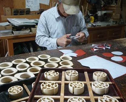 干支午 馬の箸置きorパズル製作中