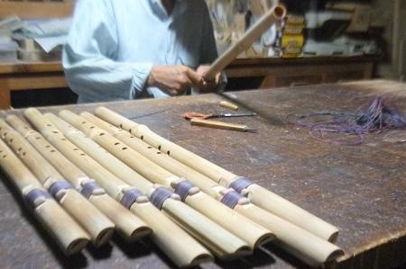 虚空の笛製作中 真竹製インディアンフルート 仕上げひも巻き