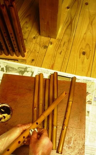 オリジナルケーナ 漆塗り作業