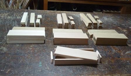 木の筆箱製作中 木取り