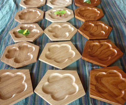 木の菓子皿 五六八角皿