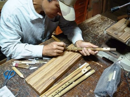 オリジナル横笛C管女竹指孔削り