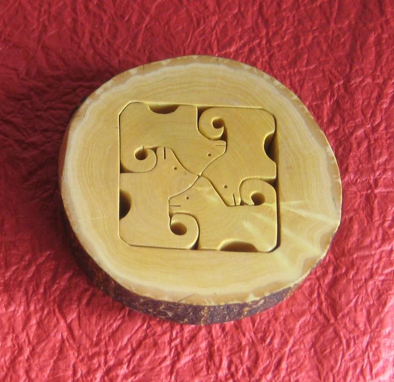 干支戌 箸置きorパズル