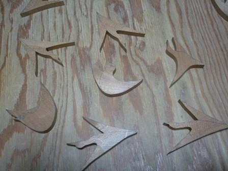 鳥の木のブローチ